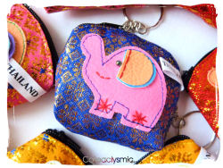 cateaclysmic:  Thai Elephant Coin Purse ♥  Cateaclysmic Crafts ♥