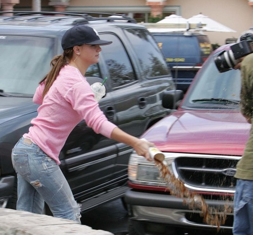 slavesnake:  Britney Spears blessing a paparazzi and forgiving him of his sins.