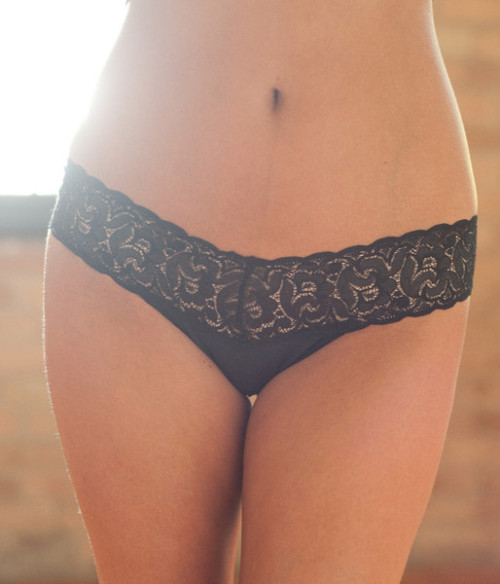 5 Choices for Comfy Panties via: The Lingerie Addict (Irely by Sairey G. knickers shown)