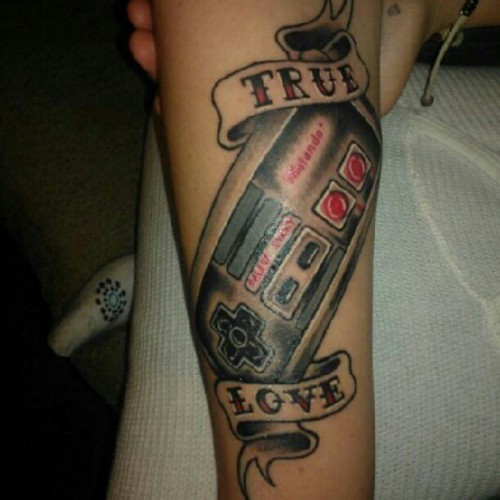 "dareitattoo:  ""True Love - NES Controller"" #Tattoos #Nintendo #NES #Love #Beautiful #Gaming #Gamer (Taken with Instagram)"