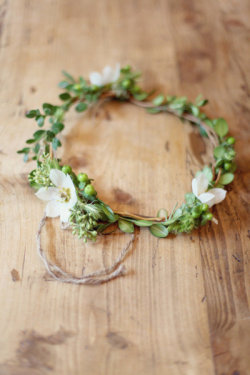 inspiration-guide:  flower wreath