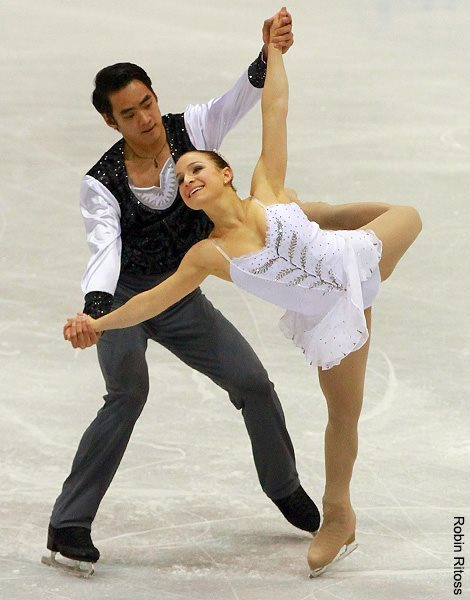Madeline Aaron and Max Settlage skating to The Swan by Camille Saint-Saëns for their short program at the 2012 Junior Grand Prix Lake Placid.