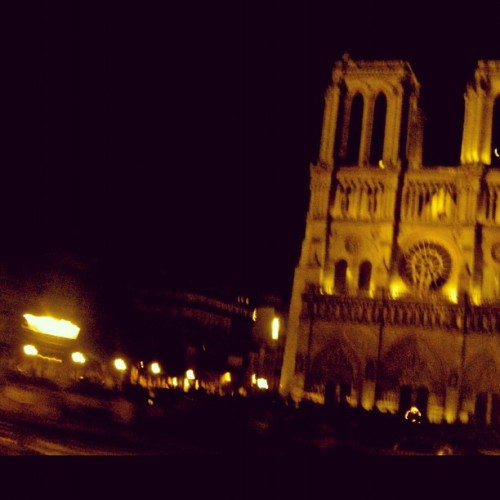 #Night #Motion #Paris  (Taken with Instagram)