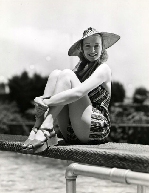 Virginia Bruce 1938 photo by Eric Carpenter