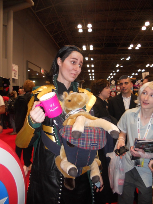 bonzananza:  askmamaloki:  ailurusinthetardis:  I just got home from NYCC 2012. There was a lot to see, and a TON of awesome costumes, but this is the best one BY FAR that I saw. The fucking best. Bravo to this person, who's name I unfortunately did not get.  I am pleased you were amused by us!  SCREAMING OH MY GOD THIS IS THE MOST PERFECT COSPLAY I HAVE EVER SEEN AAKFJHDSKJFHSDKJH