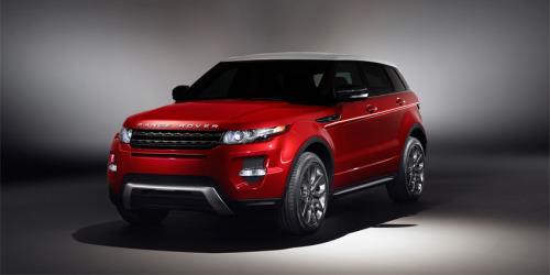 I just might like the look of the 2012 Range Rover Evoque. Nice.