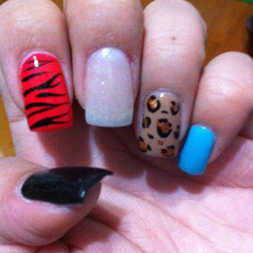 Thanks to @thehk03! #nails #glitter #cheetah #leopard #black #pink #brown #thinkpink #blue #beauty  (Taken with Instagram)