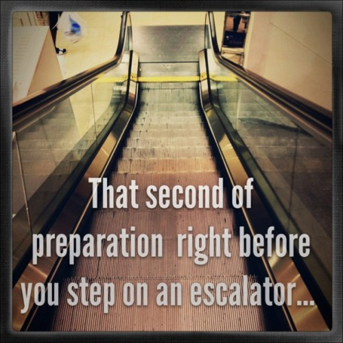 That second of prep just before u step onto an escalator… #text #instagram  #PhotoToaster #instadaily  (Taken with Instagram)