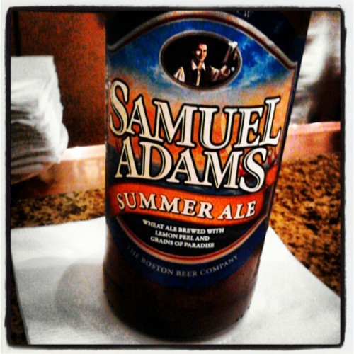 At the hotel bar havin a brew #beer #samadams #holidayinn  (Taken with Instagram)