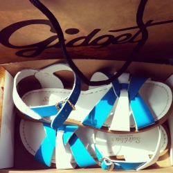 k-ic:  New salt water sandals