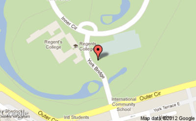 I'm at Regent's Park Tennis Courts!  http://4sq.com/c7rv1h