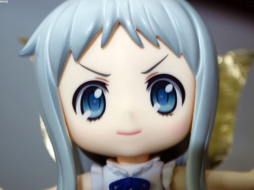Nano meets Fairy Goddess Menma. Nendoroid Nano Shinonome has issues when she's sitting. -Her head is naturally top heavy making her topple and roll over when she's sitting.