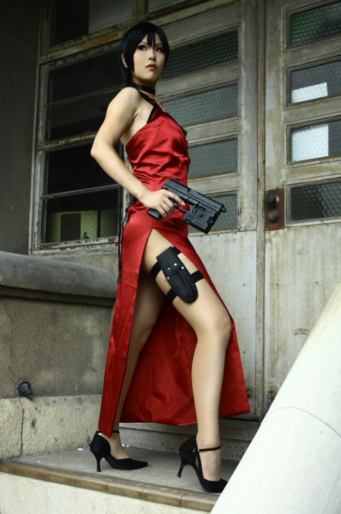 Ada Wong from Resident Evil 4Cosplayer: 0kasane0