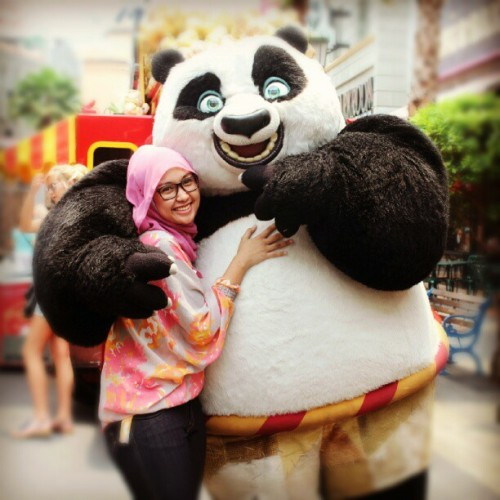 Main asal peluk aj nih si Po #KungfuPanda #USS  (Taken with Instagram)