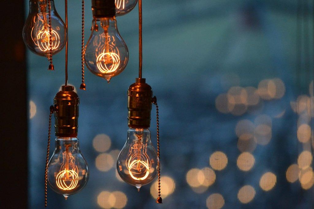 Landscape Lights Too Dim : Vintage design interiors light bulbs jonnyxreed bulbrite myampgoesto