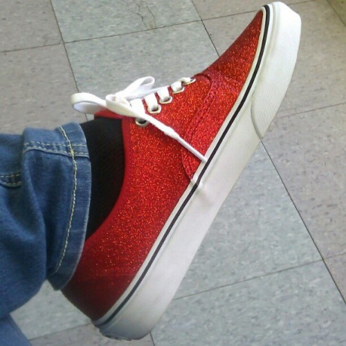 i #love my #new pair of #van I got at #Journeys with @myd07 :) #red #shoes #fresh #kicks #glitter #sparkles #unique #vansofthewall #white #blue #black #love  (Taken with Instagram)