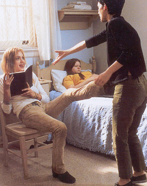 56/100: Angelina Jolie and Winona Ryder in Girl, Interrupted, 1999
