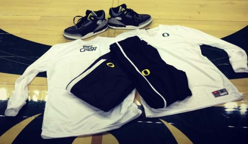 Oregon Ducks Pit Crew: Nike Blog Write-Up On Custom New Pit Crew Gear This morning, the Oregon Ducks Pit Crew was given a great surprise: we had a featured write-up on the Nike Blog! Complete with pictures advertising our new gear, check out the entire story by clicking this link. The post was overwhelmingly favorable and can be read here:  Ever wonder what kind of gear Nike makes for the student section at its favorite university'sbasketball games? If your answer is no, I get it: it's a pretty niche topic. You may not want to continue. Here's a cat GIF page; I'm particularly fond of the ejection system one. But if this interests you, hit the jump for the full gamut of Oregon Pit Crew shirts and apparel by Nike. This year, that full gamut includes the annual Pit Crew shirt (I'm a large, by the way …), warm-up pants and a shooting shirt. No plan for another round of Oregon Air Jordans, but anything could happen. These won't be for sale publicly, so if you want one … uh, go to Matt Knight Madness tonight in Eugene and be a U of O student. (H/T to Kevin W. for the pictures.)  Please share our new gear and if you have it, wear it at every game! Come to the volleyball game tonight against Washington. #Go Ducks!
