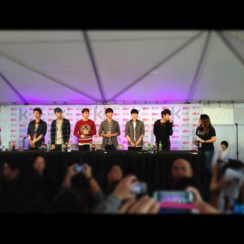 VIXX #KCON (Taken with Instagram at Verizon Wireless Amphitheatre)