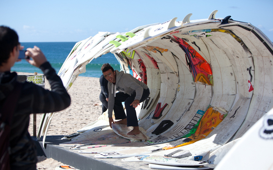bobo-surfs:  Creative use of broken boards .