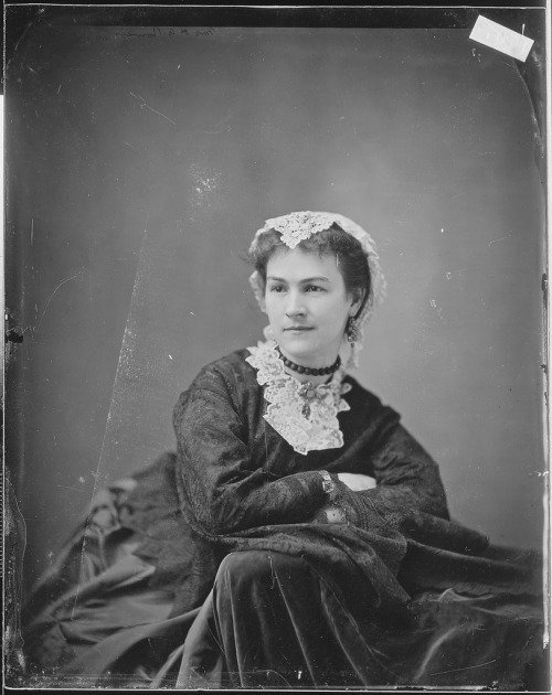 Mrs. H. A. Bowers-Mathew Brady Photographs of Civil War-Era Personalities and Scenes, (Record Group 111)
