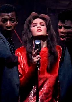 "25/100 ♡ Films I love: Streets of Fire ""I'm not the kind of guy to be carrying your guitars along for you. But if you ever need me for something… I'll be there"" (Tom Cody)"