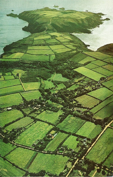 vintagenatgeographic:  Sark, Channel Islands, Britain National Geographic | May 1971