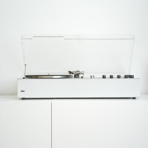 Braun Turntable(via Fancy)