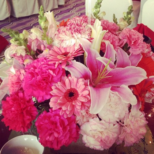 Shades of #Pink #Engagement #Party #Happy #Floral #Sunday #Lovely #Flowers #igers #instadaily #instagrammers  (Taken with Instagram at Gloria Maris Shark's Fin Restaurant (Missouri St.))
