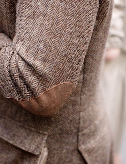classyprimproper:  I love tweed and elbow pads <3