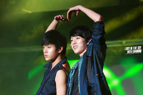 -sungyeol-:  121013 We Love Gangwon Kpop Concert © LUCY IN THE SKY WITH DIAMONDDo not edit/crop/remove the watermark.