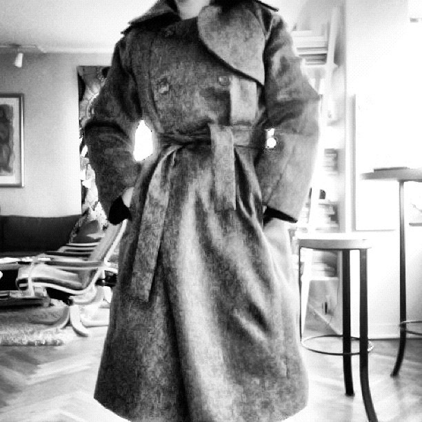 et voilá — my first handmade trenchcoat.
