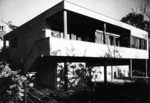 józef fisher and farkad molnár - house in csévi mews, budapest, 1935