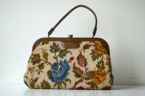 Check out this vintage carpet bag I'm selling:  https://www.etsy.com/listing/111080353/vintage-carpet-bag-tapestry-purse-with