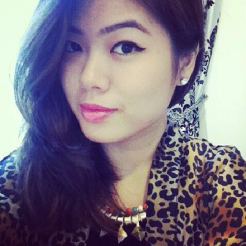 Pink #lips . #vain #girl #dior #asian #ootd #instapic #instadaily #vanity  (Taken with Instagram)