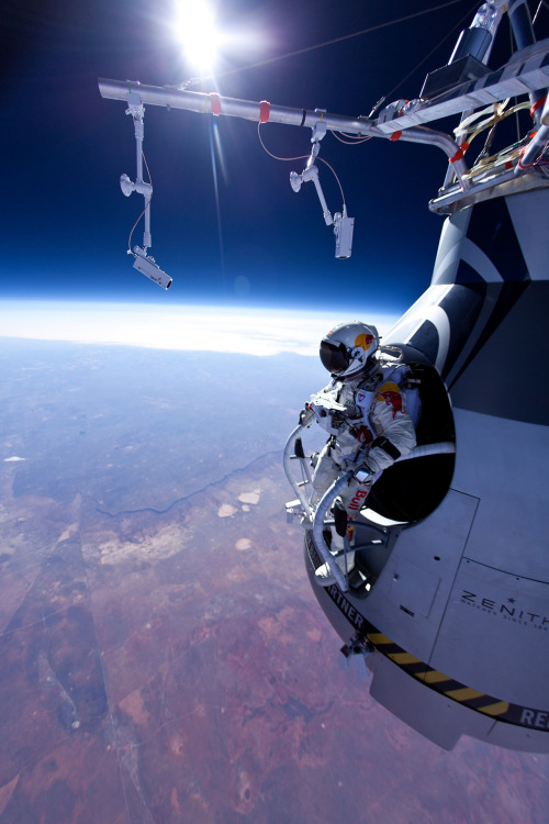 Felix Baumgartner getting ready to jump