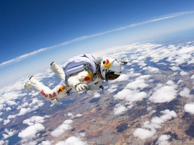 thedailywhat:  Freefall Record of the Day: Felix Baumgartner, decked out in his spiffy Red Bull jumpsuit, has successfully set a new freefall record. The Austrian sky diver jumped from a capsule nearly 25 miles in the air, reaching speeds hovering near the sound barrier.