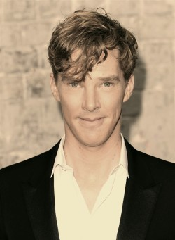 I was innocently Googling Benedict Cumberbatch when suddenly—— I'm sorry ovaries!! I didn't know!! I DIDN'T KNOW!!!