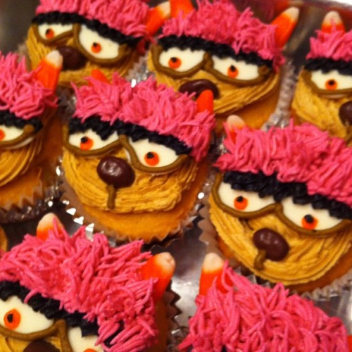 Trekkie Monster cupcakes for Avenue Q closing performance. (Taken with Instagram)