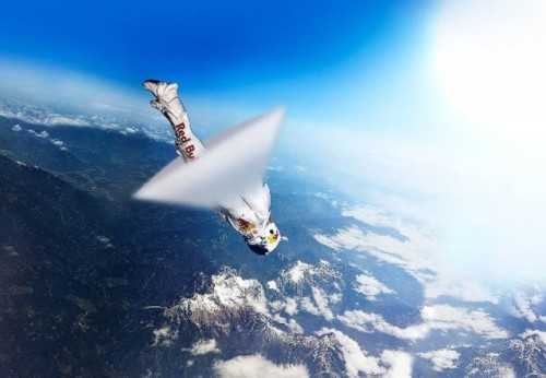 i12bent:  Earlier today Felix Baumgartner jumped from the stratosphere, breaking the record of the highest freefall jump - traveling 128,097 feet, or almost 24 miles…   This looks shopped.