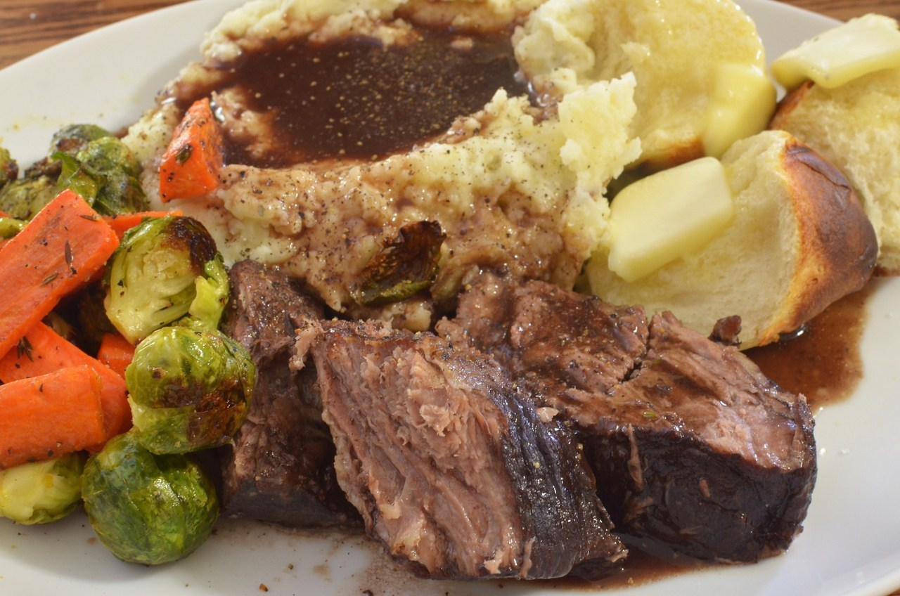 Mmm… red wine braised beef with garlic mashed and roasted veggies