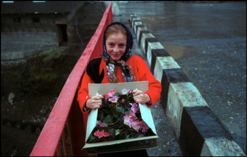 fotojournalismus:  Republic of Dagestan, October 2000. [Credit : Thomas Dworzak]