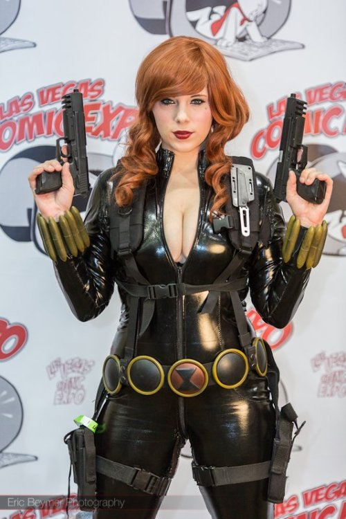 Black Widow at Las Vegas Comic Expo 2012 – Picture by Eric Beymer.