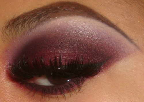 My Smokey Red Eyeshdaow Tutorial here http://youtu.be/ZSOc_ccMGpI you can see more of my videos and subscribe here http://www.youtube.com/user/MakeMeUpbyWhitney?feature=mhee