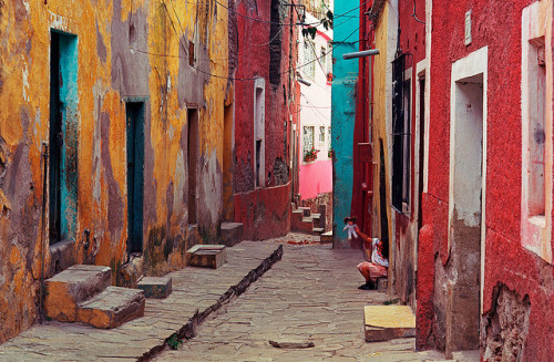 Guanajuato street by mexadrian on Flickr.