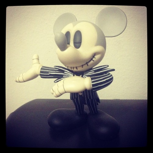 flaminglipss:  Mickey Skellington (Publicado com o Instagram)