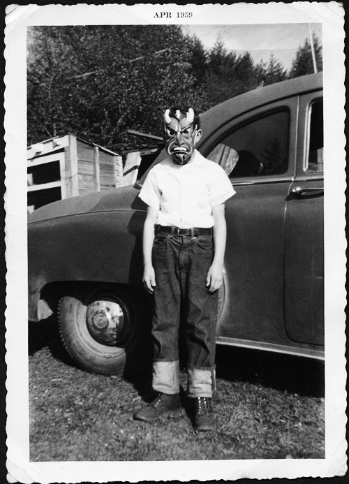 gravesandghouls:  Halloween mask ,1959  nice portrait! despite the scary mask..