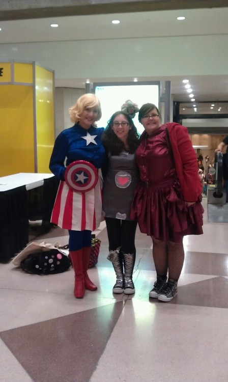 Me, Kayla, and Abby after a VERY long (and very awesome!) Saturday at NYCC!