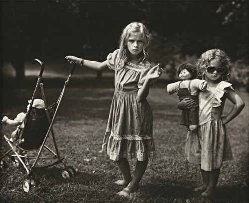 mean-streak:  mannequinsvitrine: Sally Mann, The New Mothers, 1989.