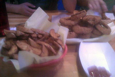 Nancy sent me this picture of frings from Hodad's. So jelly right now…